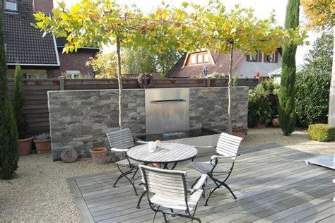 Natursteine F R Terrasse 816 by Wasserspiel In 228 Sthetischer Kombination Aus Naturstein Und