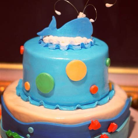whale baby shower cakes 736px
