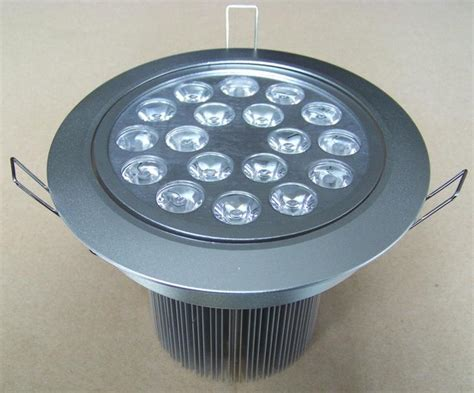 Lu Sorot Led 18 Watt Sepasang photos luminaires et spots encastrables au plafond page 3 hellopro fr
