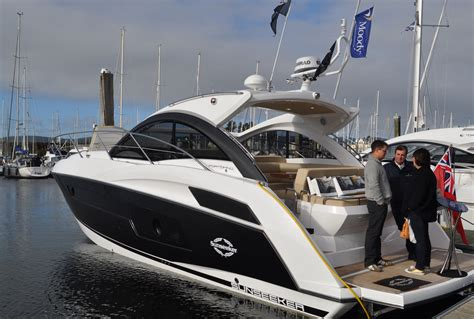 boat show kip marina sunseeker portofino 40 enjoys exclusive preview at