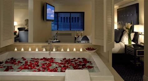 hotel with in room nyc new york city hotel deals candles flowers spa