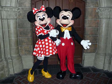 3d Hiding Mickey Dan Minni Mouse meeting mickey and minnie mouse magic kingdom walt disney flickr