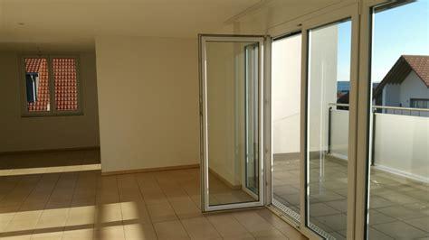 Modernes Wohnen Wohnzimmer 4625 by Attikawohnung Mit Top Preisleistung 4625 Oberbuchsiten