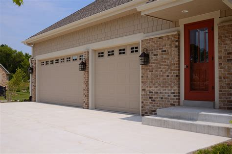 Murphy Overhead Door Murphy Overhead Door Overlay Cedar Carriage House Door