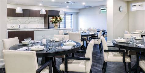 Dining Room Assistant In Aged Care Sydney Arcare On 478 Burwood Hwy Wantirna Vic 3152 Whereis 174