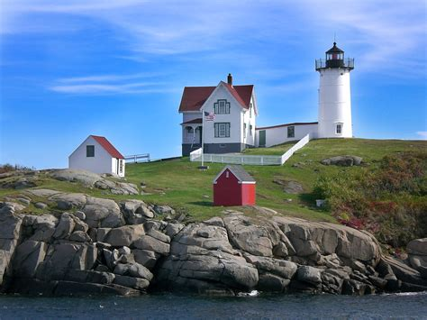 Cape Neddick Light by Lighthouse Tour Of Maine 2006 Us Lighthouse Society