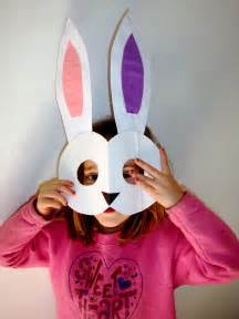 To make his simple but cute easter bunny mask craft your kids