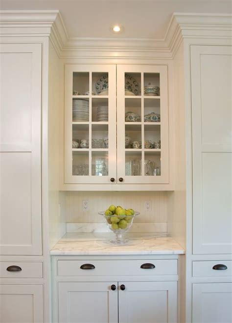 black shaker kitchen cabinets white shaker kitchen cabinets black pulls marble