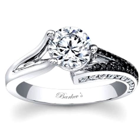 14kt white gold barkev s engagement ring with 0 38