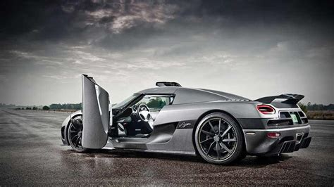 koenigsegg doors koenigsegg door scissor doors known in certain circles