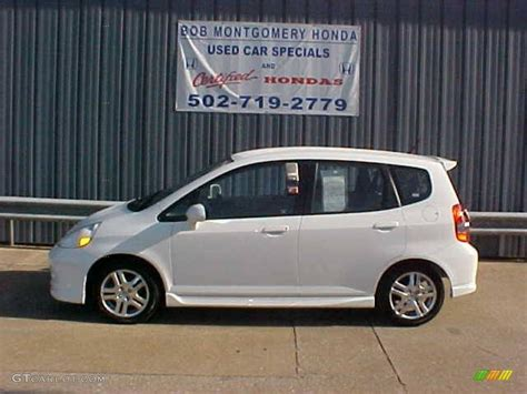 Honda Fit 2007 by 2007 Honda Fit White 200 Interior And Exterior Images
