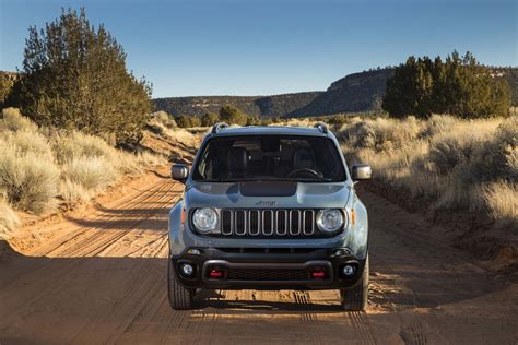 2015 Jeep Renegade Trailhawk 2015 Jeep Renegade Trailhawk Front End 03 Photo 33