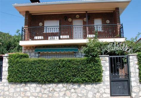 casas en villablanca casa villablanca valdenoches guadalajara