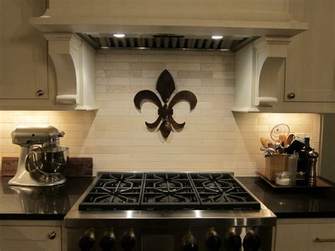 18 tall steel twisted steel fleur de lis wall hanging