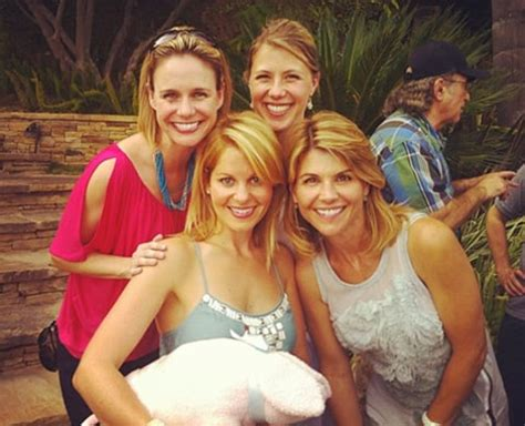 the twins on full house full house cast minus the olsen twins reunites for show s 25th anniversary us weekly