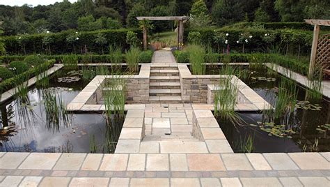 Patio Water Garden by Formal Pond Pangbourne Berkshire Landscape Garden