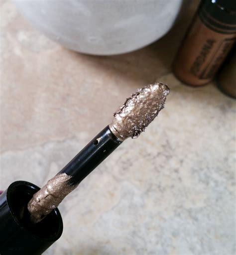 Kuas Lipstick Dan Eyeshadow cara menggunakan liquid eyeshadow yang tepat dan tidak