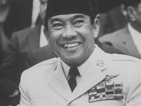 biography about ir soekarno sepotong karya