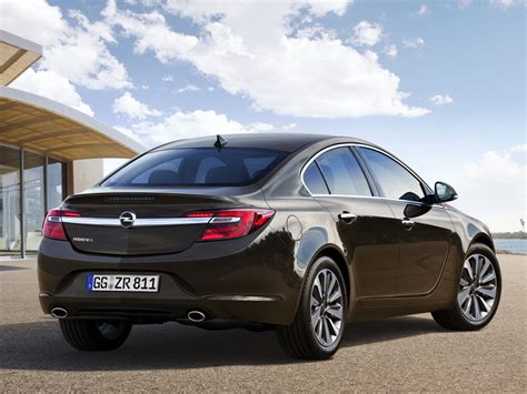 opel insignia 2016 2016 opel insignia hatch pictures information and specs