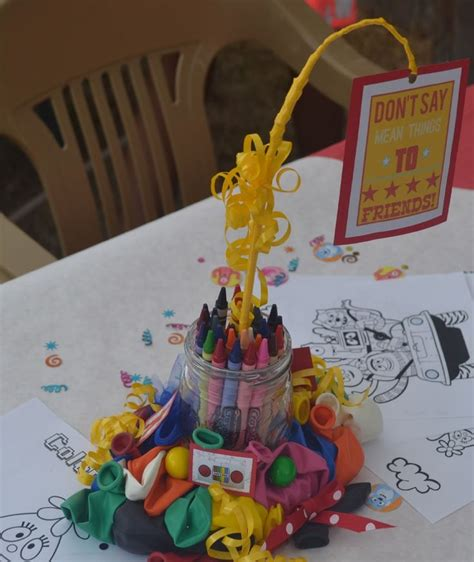 yo gabba gabba mason jar crayon centerpiece birthday
