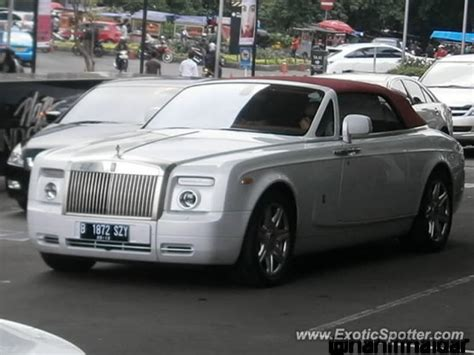 Rolls Royce Phantom Spotted In Jakarta Indonesia On 02 12
