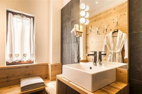 illuminazione per il bagno come illuminare il bagno idee consigli illuminazione