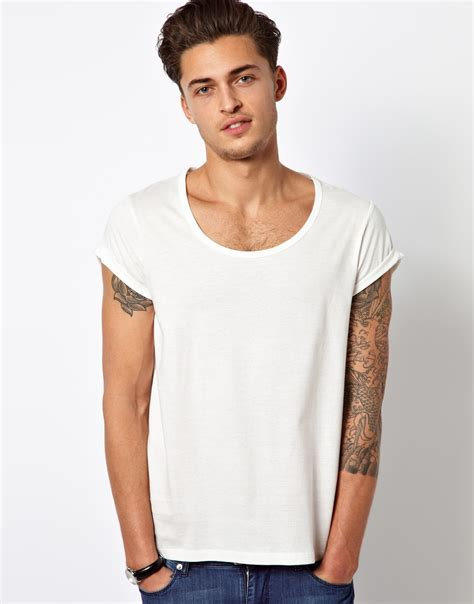 Scoop Neck Sleeve T Shirt what white t shirt was gosling wearing in only god