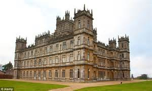 he s the gingerbread fan downton abbey lover recreates its famous building using dough sweets