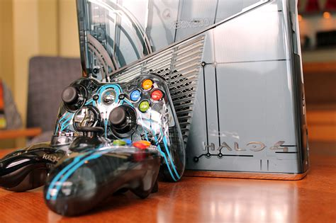 Xbox 360 Halo 4 Limited Edition microsoft shows the limited edition halo 4 xbox 360