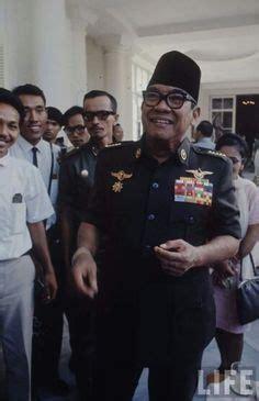 biography about soekarno soekarno dan lebaran greatness pinterest