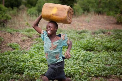 African Kid Meme Clean Water - water hazard how the un plans to provide clean drinking