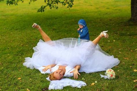Wedding Bsd by 20 Worst Wedding Photos Of All Time Empyrejewelry
