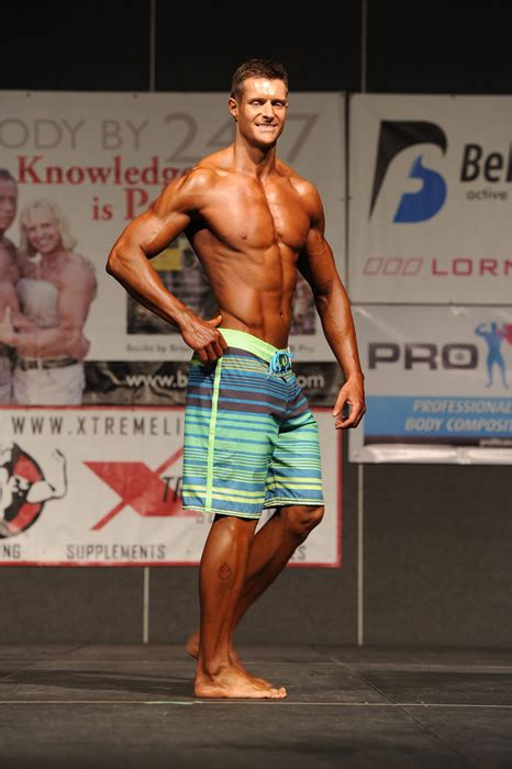 mens physique excel fitness