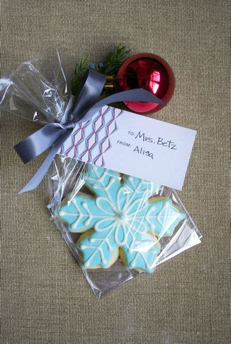holiday party favors for adults 35 adorable favors ideas all about