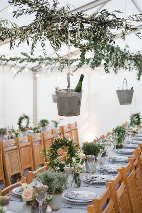 classy backyard wedding best 25 laid back wedding ideas on pinterest classy
