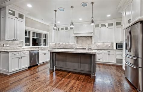 cost of kitchen cabinet refacing 100 how much to reface kitchen cabinets should i