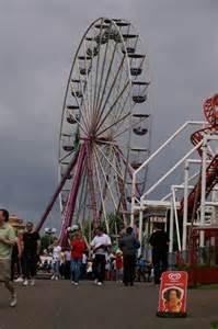 theme park ds m ds theme park 169 mike pennington cc by sa 2 0 geograph