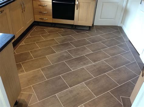 Amitico Flooring by Amtico Kitchen Flooring Kitchen Floor Tiles Flr