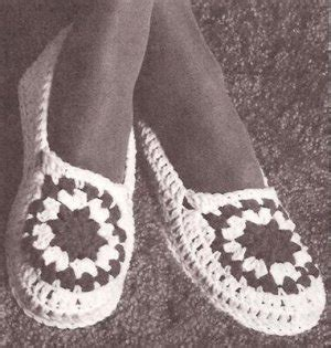 free crochet house slipper patterns yarn slippers shoes crochet moccasin house shoes pattern