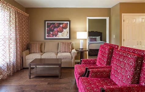 2 bedroom suites near hershey park the suites at hershey bluegreen vacations