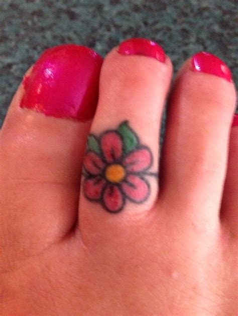 flower ring tattoo designs pin toe ring designs images on
