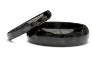 mens carbon fiber wedding rings