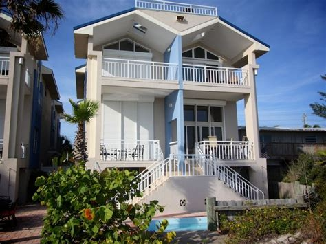 four bedroom townhouse spectacular four bedroom townhouse on the vrbo