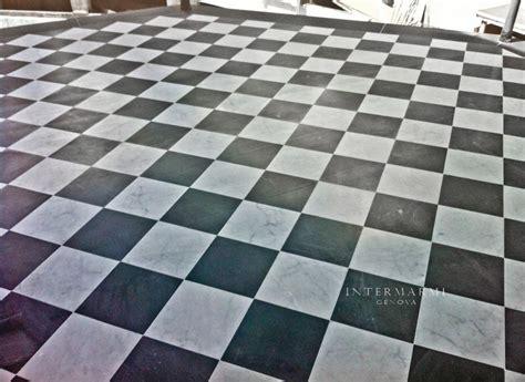 pavimento marmo bianco pavimento alternato in marmo bianco e bardiglio posato a