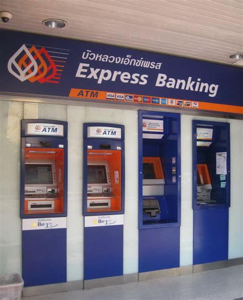 bangkok bank in cambio baht in thailandia con bangkok bank