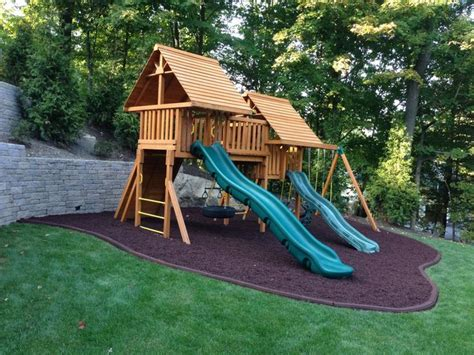 swing set rubber mulch 17 best images about meet me at the playground on