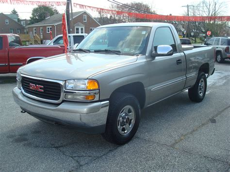 car maintenance manuals 2002 gmc sierra 3500 auto manual service manual books on how cars work 2002 gmc sierra 3500 parental controls 2002 gmc sierra