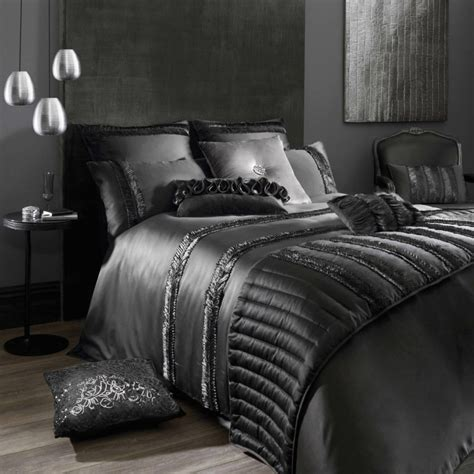 black luxury bedding kylie s luxury bedding spring summer 2013 collection