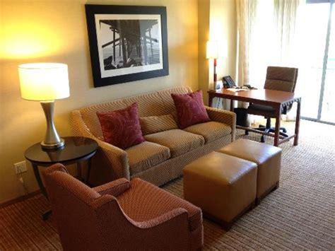 living room marriott living room picture of newport marriott bayview newport tripadvisor