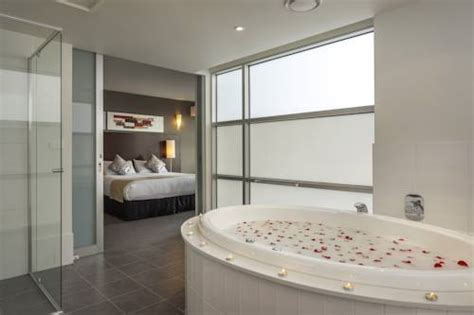 Whirlpool Für Balkon by Mercure Melbourne Caroline Springs Laverton